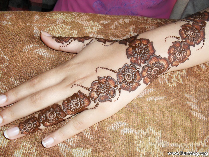 beautiful-mehndi-designs-for-eid- (45)