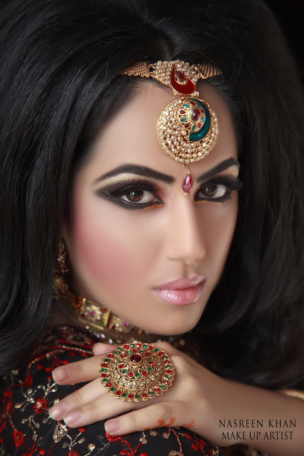 bridal-makeup-by-makeup-artist-nasreen-khan- (8)