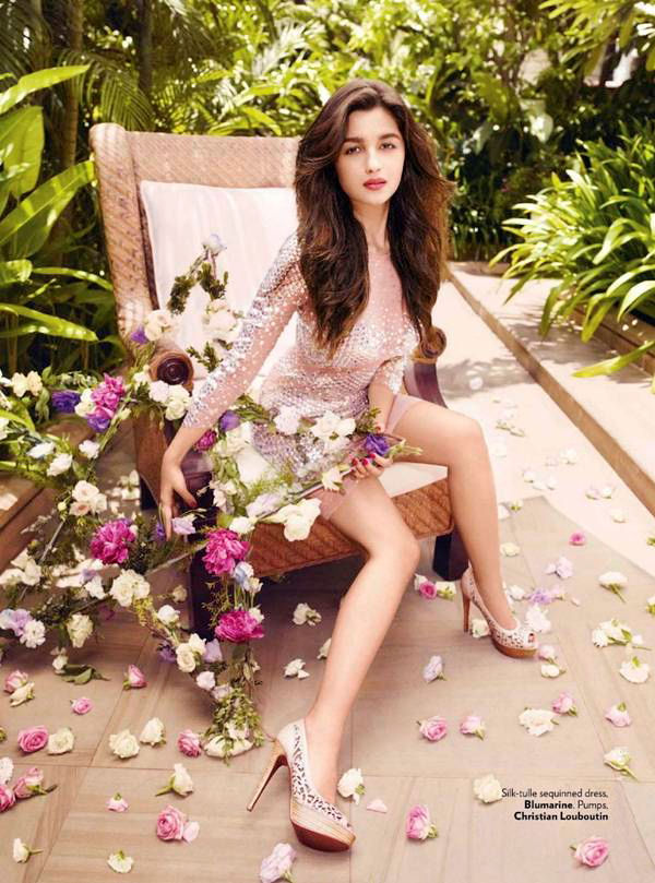 alia-bhatt-photoshoot-for-vogue-magazine-september-2012- (1)