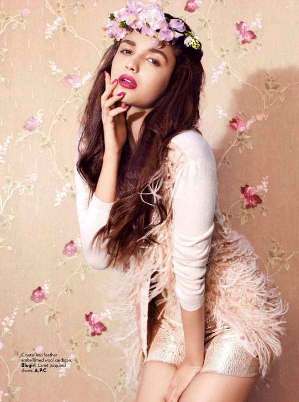 alia-bhatt-photoshoot-for-vogue-magazine-september-2012- (2)