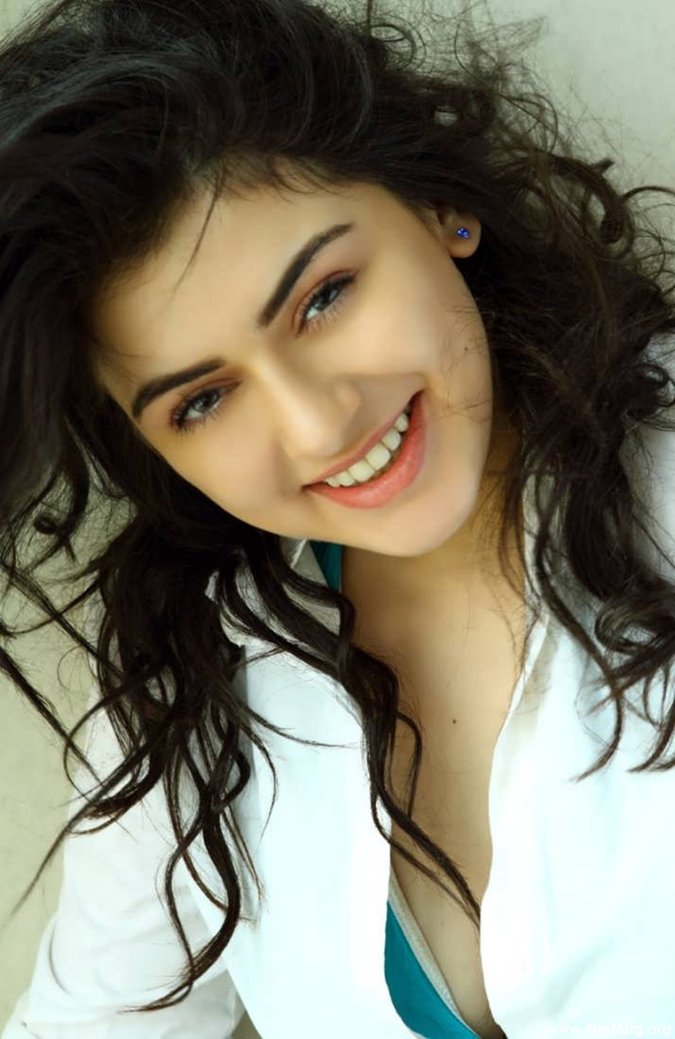 hansika-motwani-latest-photoshoot- (14)