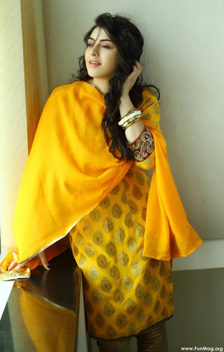 hansika-motwani-latest-photoshoot- (16)