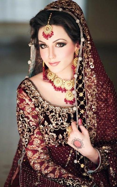 ayesha-akhtar-bridal-makeover- (6)