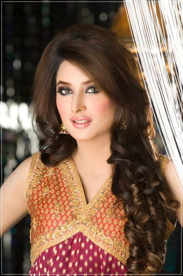 mehwish-hayat-photos- (3)