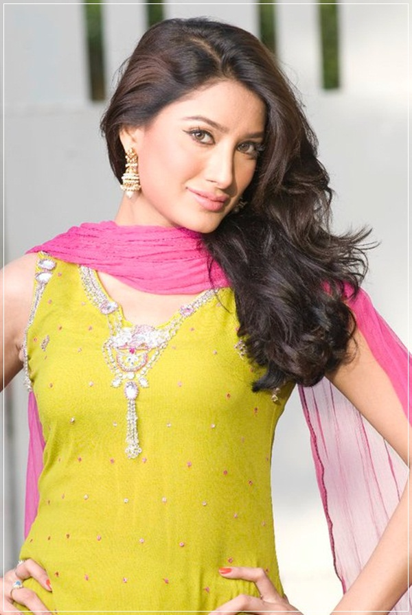 mehwish-hayat-photos- (15)