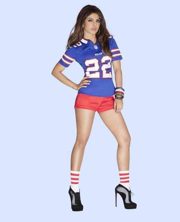 priyanka-chopra-photoshoot-for-national-football-league- (4)