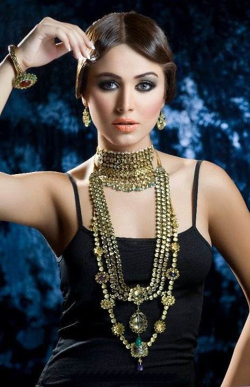 amber-ali-latest-jewelry-designs-with-ayyan-ali- (2)