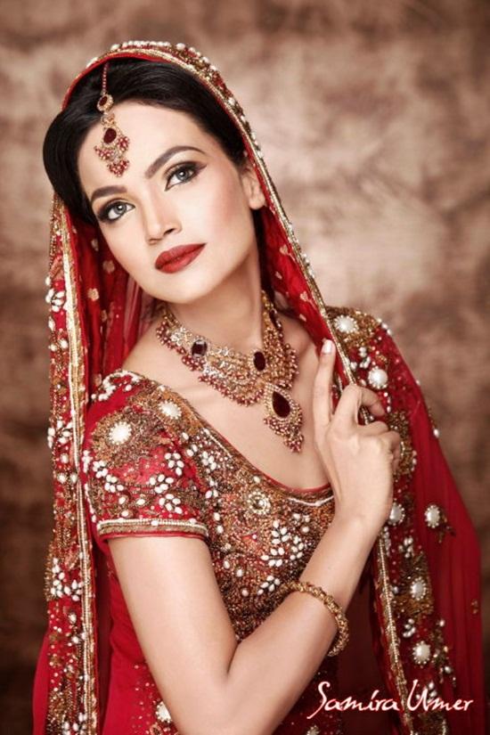 amina-sheikh-bridal-makeover-by-samira-umer- (2)