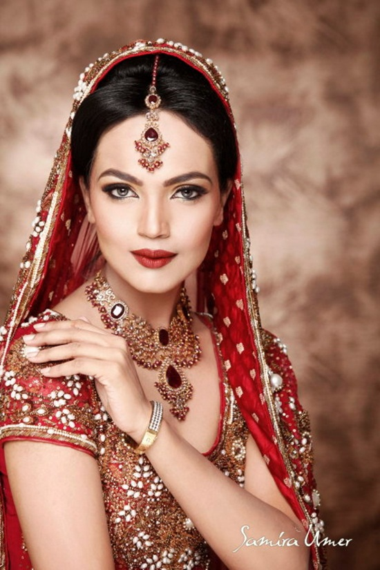 amina-sheikh-bridal-makeover-by-samira-umer- (3)
