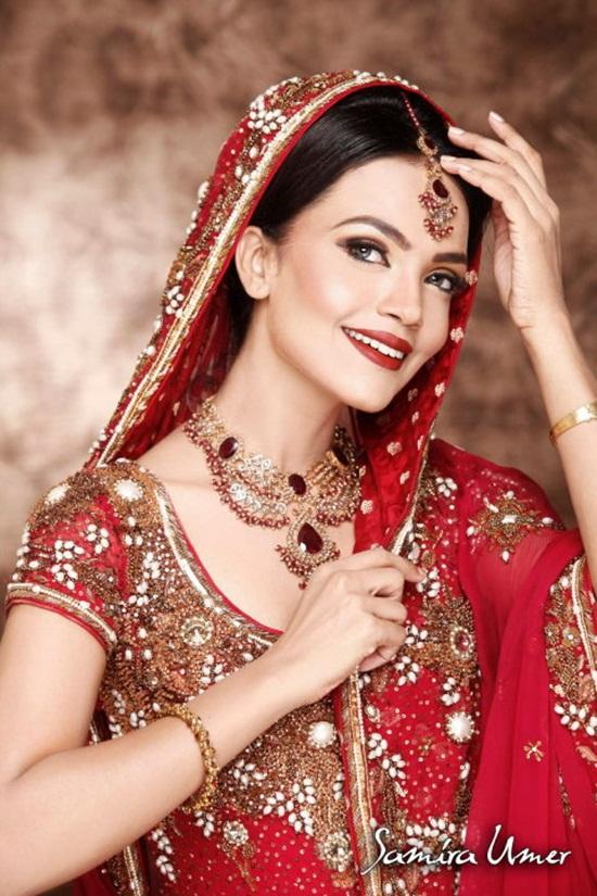 amina-sheikh-bridal-makeover-by-samira-umer- (5)