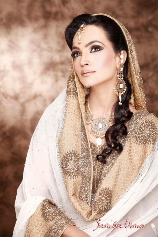 amina-sheikh-bridal-makeover-by-samira-umer- (10)