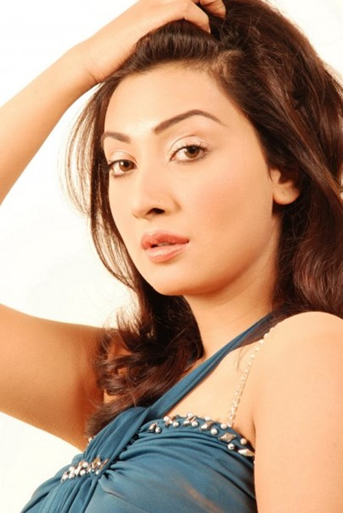 ayesha-khan-photos- (14)