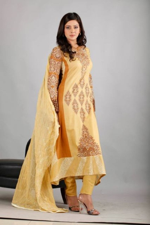 dawood-lawn-collection-2012-jami-motif-embroidery- (3)