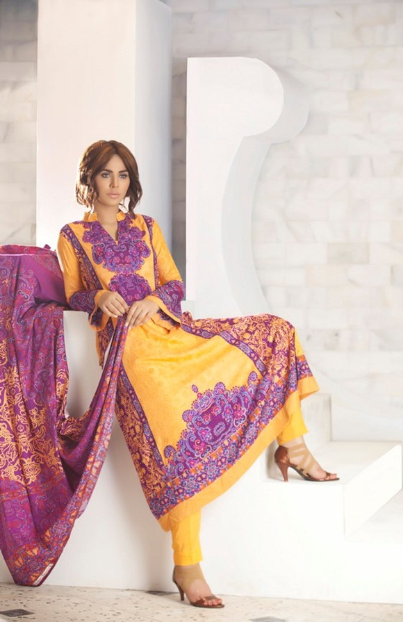 firdous-paris-linen-winter-collection-2012-with-ayyan-ali- (17)
