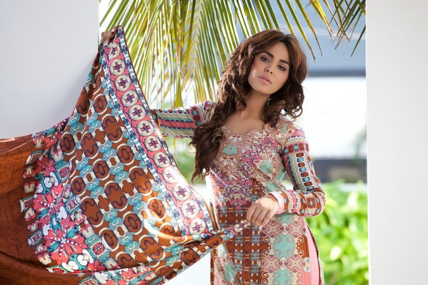 firdous-paris-linen-winter-collection-2012-with-ayyan-ali- (29)