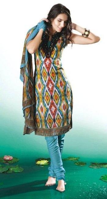 printed-salwar-kameez- (10)