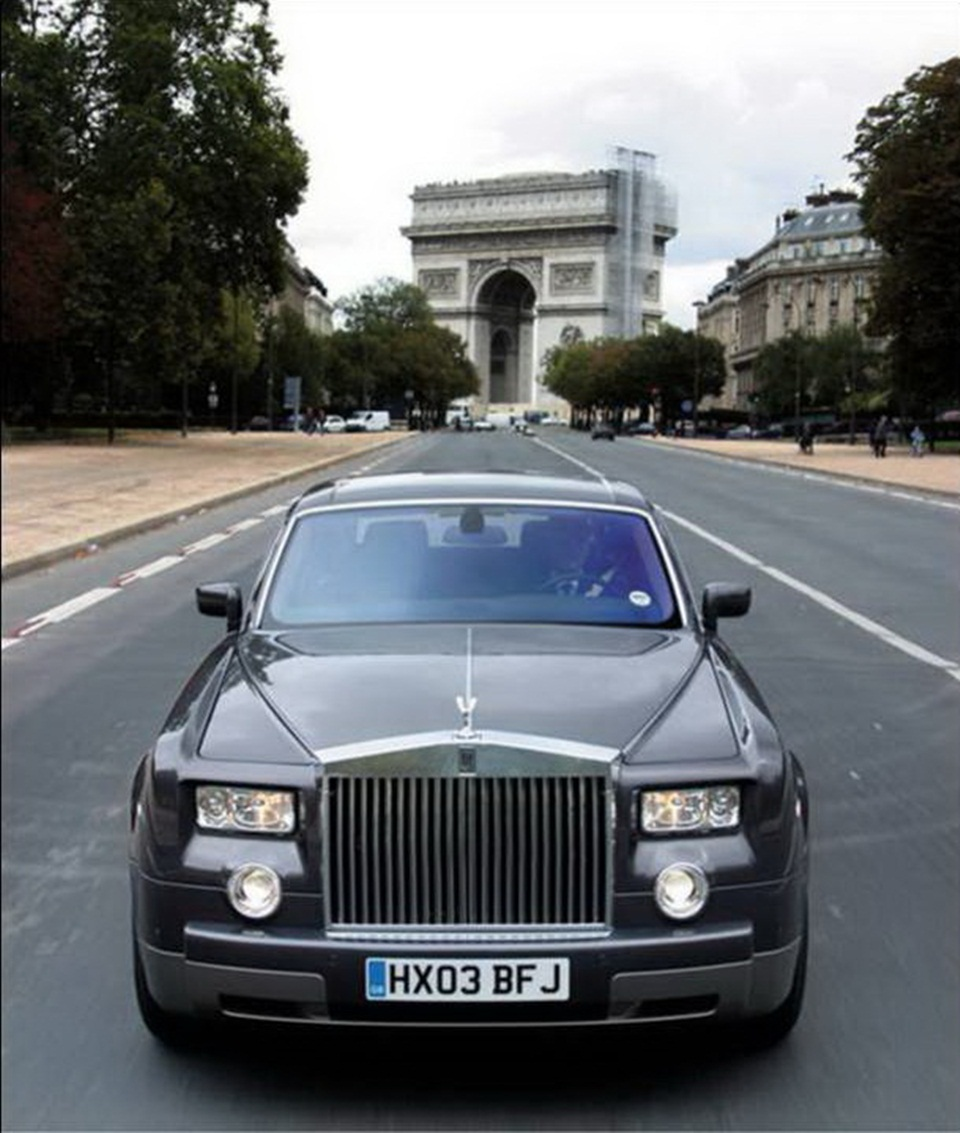 rolls-royce-phantom-photos- (10)
