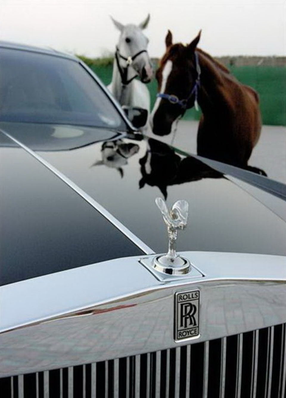 rolls-royce-phantom-photos- (11)