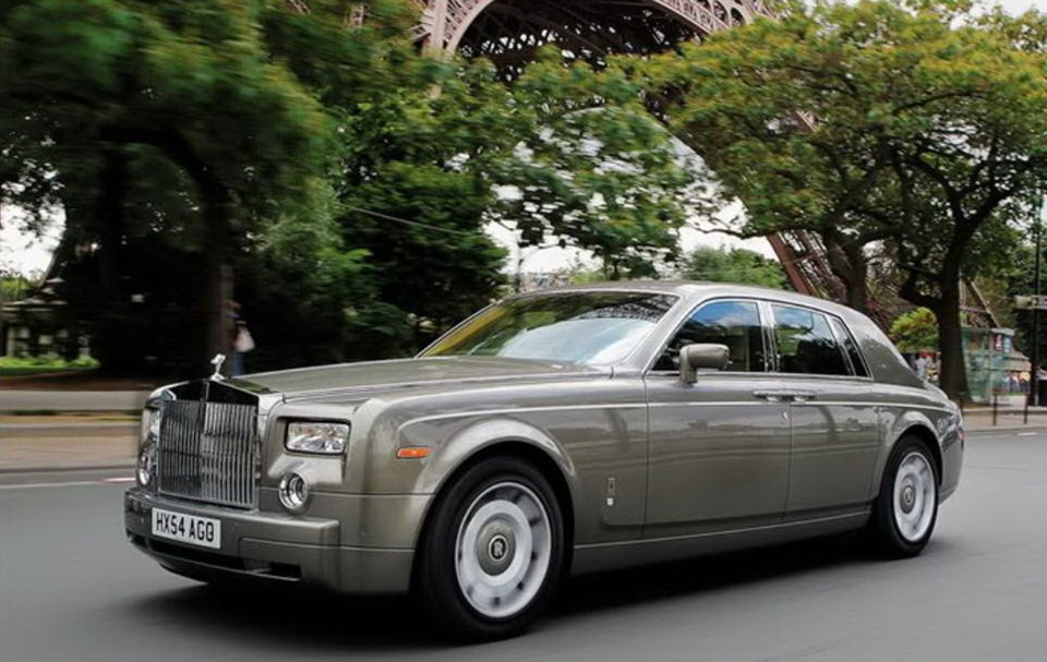 rolls-royce-phantom-photos- (13)