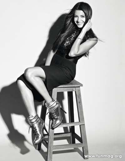 anushka-sharma-photoshoot-for-marie-claire-magazine-2012- (7)