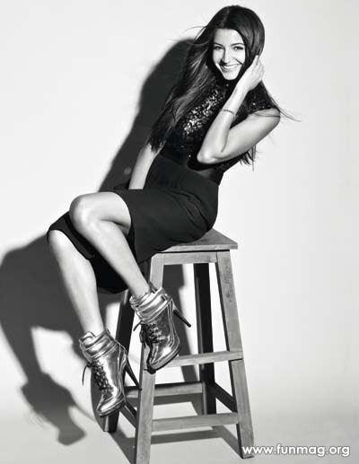 anushka-sharma-photoshoot-for-marie-claire-magazine-2012- (7)