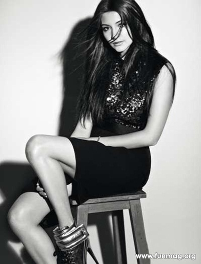 anushka-sharma-photoshoot-for-marie-claire-magazine-2012- (14)