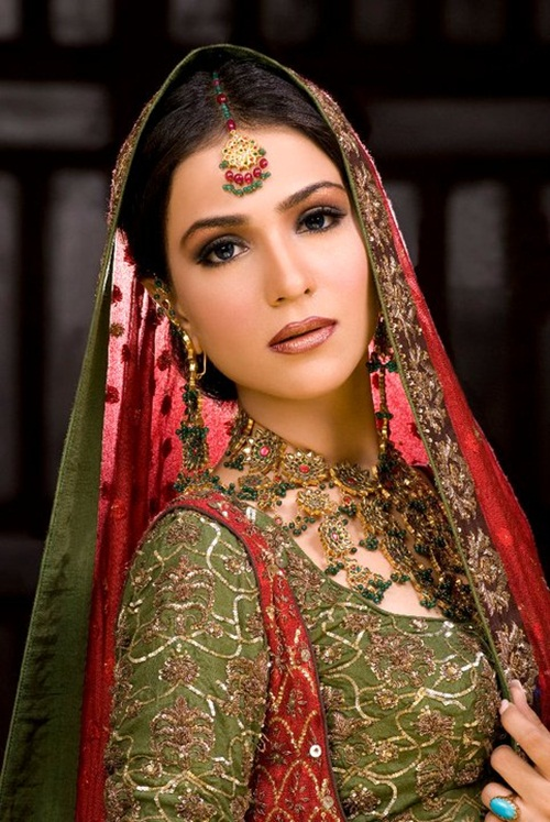 humaima-malik-bridal-makeover- (4)