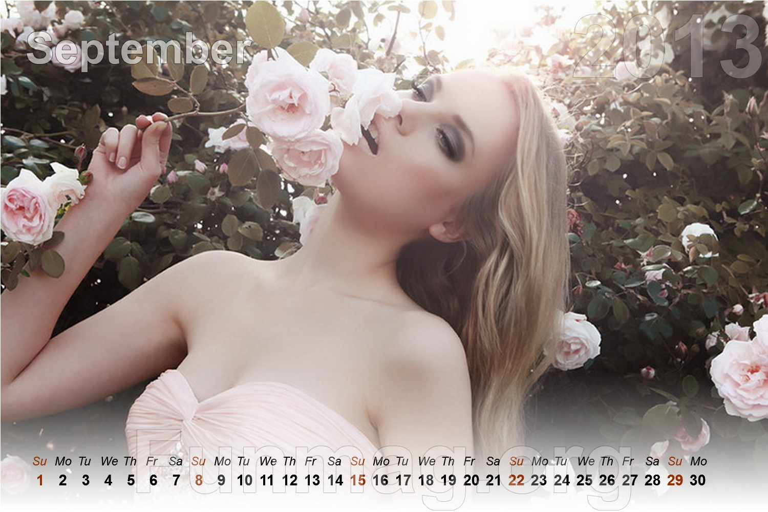 beautiful-women-calendar-2013- (9)
