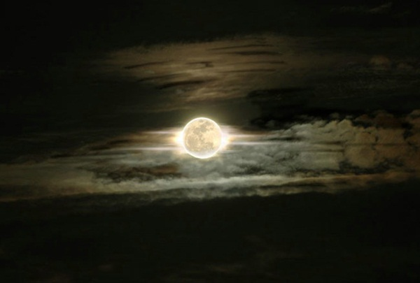 beautiful-moon-pictures- (12)