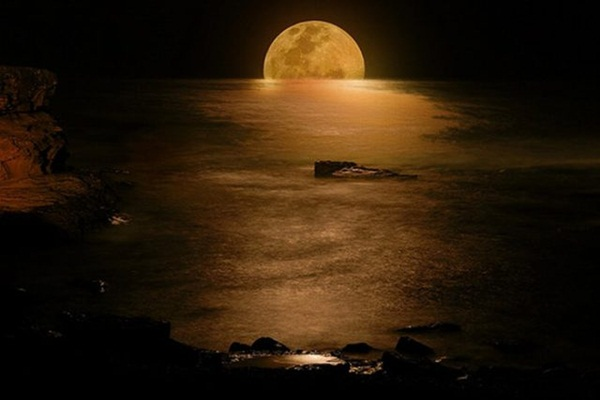 beautiful-moon-pictures- (26)