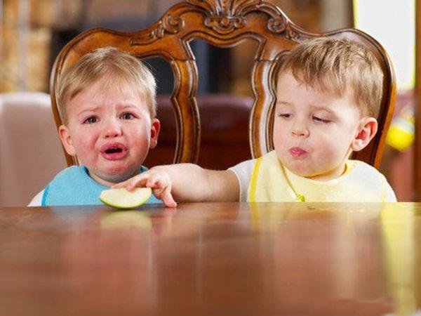 cute-twin-babies- (11)