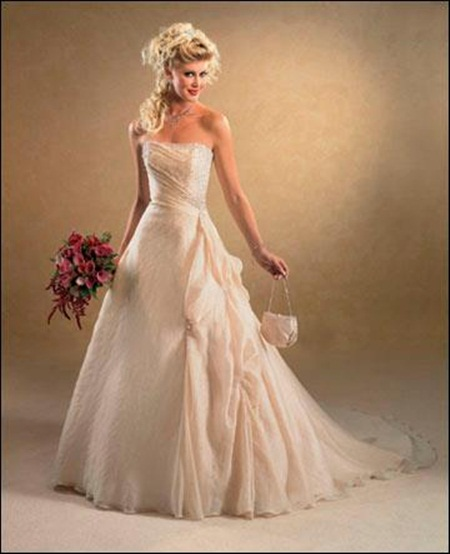 traditional-wedding-gowns- (11)