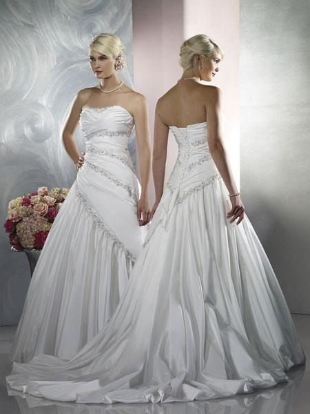 traditional-wedding-gowns- (13)