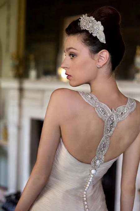traditional-wedding-gowns- (18)