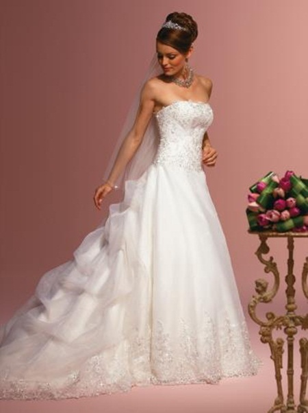 traditional-wedding-gowns- (24)