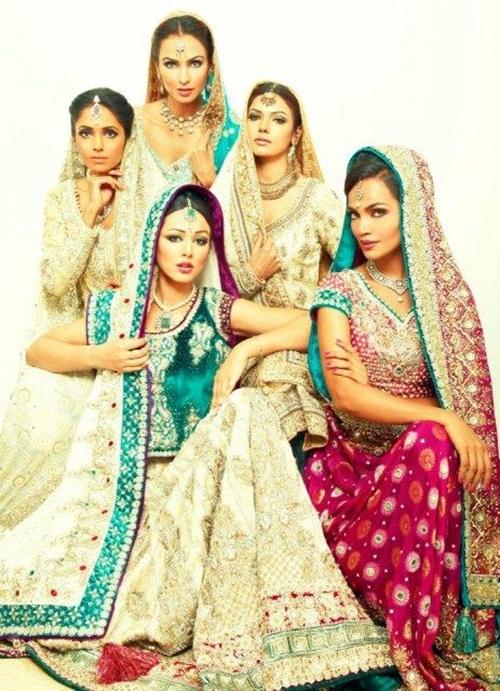 ayesha-varsey-bridal-dresses- (2)