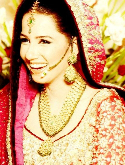 ayesha-varsey-bridal-dresses- (12)