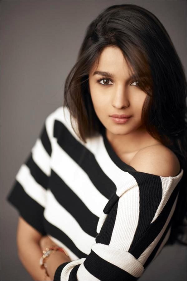alia-bhatt-latest-photoshoot- (17)