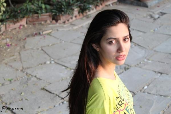 pakistani-actress-mahira-khan-photos-11