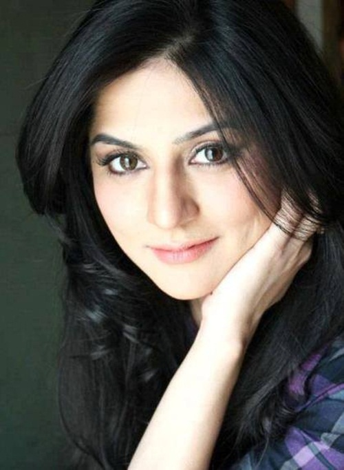 pakistani-actress-sanam-baloch-photos-08