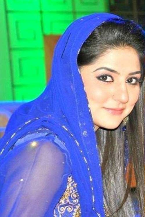 pakistani-actress-sanam-baloch-photos-10