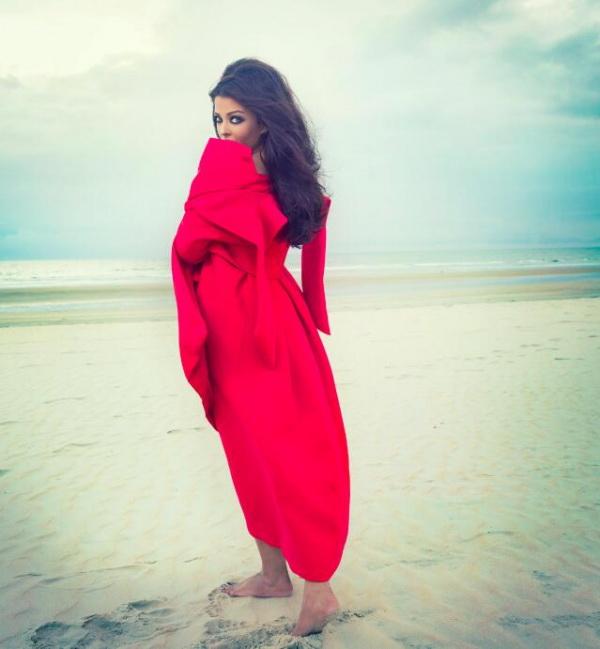 aishwarya-rai-photoshoot-for-noblesse-magazine-october-2013- (15)