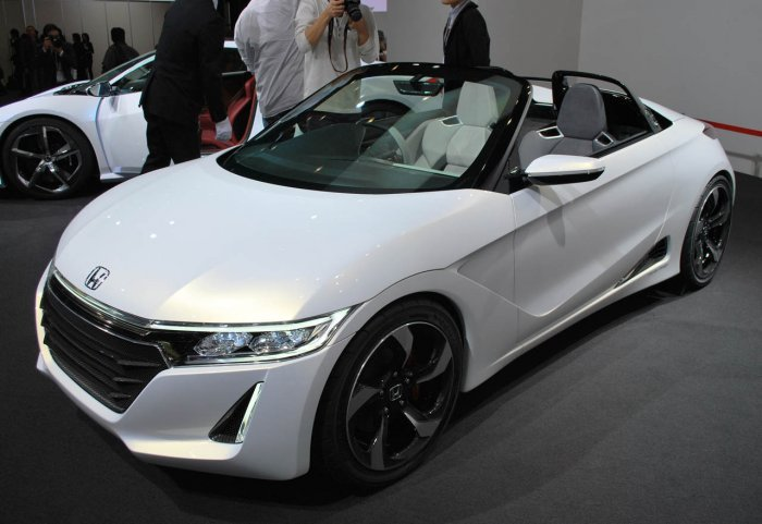 concept-cars-at-tokyo-motor-show-2013- (15)