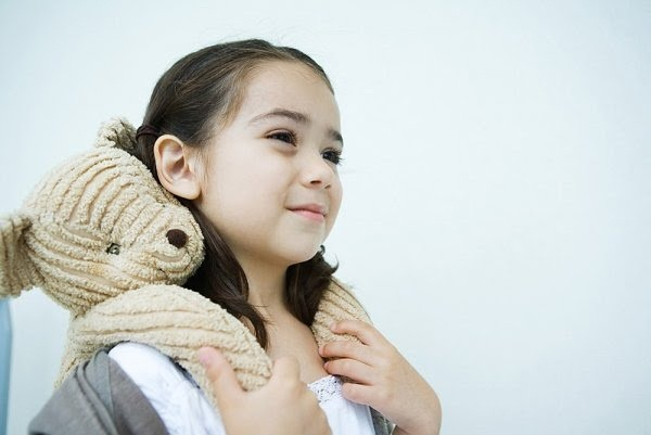 cute-kids-with-teddies- (1)