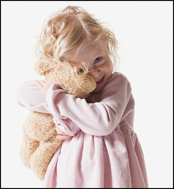 cute-kids-with-teddies- (5)
