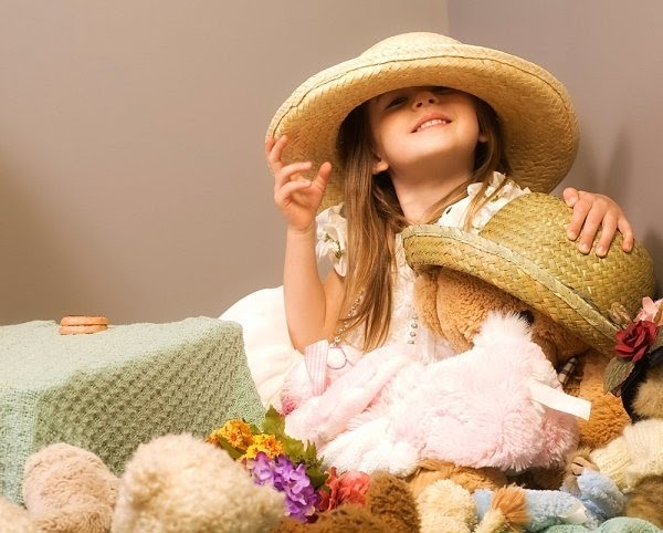 cute-kids-with-teddies- (8)