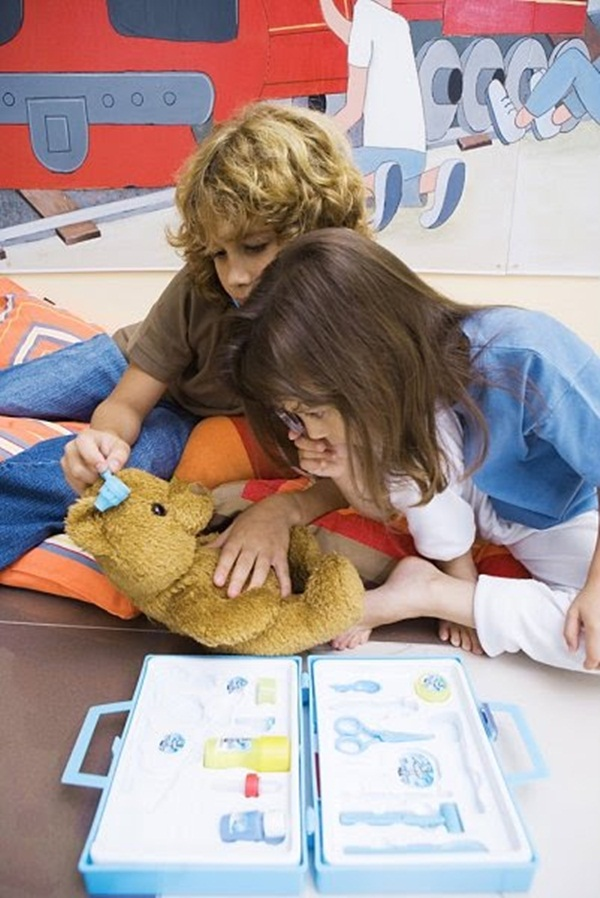 cute-kids-with-teddies- (12)