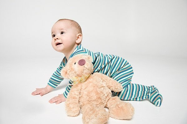 cute-kids-with-teddies- (17)