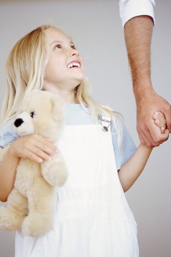 cute-kids-with-teddies- (19)