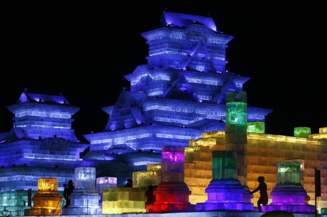 ice-city-in-harbin- (1)